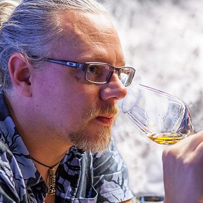 Peter Holland - Sugarcane Spirits Consultant - Royaume Uni